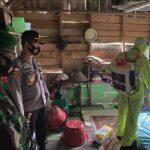 Peduli Covid-19 Polres Natuna Langsung Semprot disinfektan ke Rumah Warga