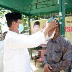 Sematkan Tanjak ke Tokoh Masyarakat Lingga, Isdianto Ajak Lestarikan Budaya Melayu