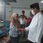 Pedagang Pasar Botania Senang Campur Kaget Ada Paslon Isdianto Datang
