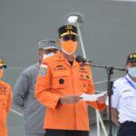 Cuaca Tidak Bersahabat, Tim Penyelam Standby Menyisir Puing Sriwijaya SJ-182