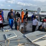 Pos TNI AL Pemangkat Bantu Evakuasi Penumpang Kapal Feri KMP Bili