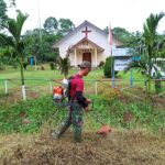 Jelang Hari Raya Paskah, Prajurit TNI Bantu Membangun Gereja