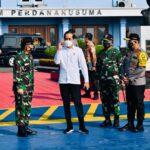 Presiden Ri Joko Widodo Terbang ke Bali Tinjau Vaksinasi Massal