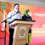 Wagub Kepri Bersama Suami Walikota Batam Hadir Pengukuhan PERWARA