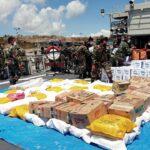 KRI Ahmad Yani 351 Bawa 12 TON Bantuan Kemanusiaan Untuk NTT