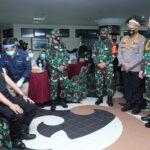 Turun Ke Manokwari Panglima TNI Tinjau Serbuan Vaksin