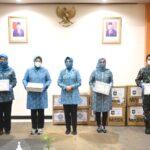 Sumbangan 40 Ribu Masker Yayasan HOPE Indonesia Untuk PKK Kepri