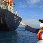 Dua Tengker Pengangkut Kontainer Tabrakan di Perairan Bintan Semua ABK Selamat