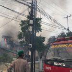 Satu Ekor Kucing Hangus Terbakar, Akibat Kebakaran Hebat Di Jalan Sambu