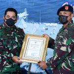 Salud, TNI AL Beri Apresiasi Prajurit KRI Penyelamat Bocah di Laut