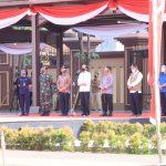 Panglima TNI Dampingi Presiden RI Tinjau Pelaksanaan Vaksinasi Massal di Mabes Polri