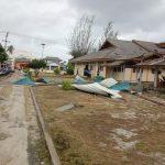 Cuaca Ekstream Melanda Natuna Pohon dan atap Rumah Rubuh Diterjang Angin