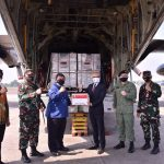 Diangkut Pesawat Hercules Negara Singapura Bantu Alkes Untuk Indonesia