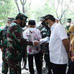 Panglima TNI Cek Kekuatan Nakes Untuk Vaksin Covid-19 di Rumkitlap Artha Graha