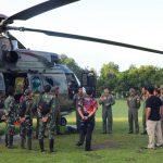 TNI Evakuasi Dua Jenazah Diduga Teroris Poso Dengan Heli Caracal