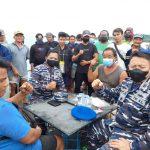TNI AL Mediasi Antara Kapal Isap Dengan Nelayan Bangka