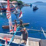 Bersama Nelayan Kapal Patroli Bakamla Gelar Upacara HUT ke-76 RI
