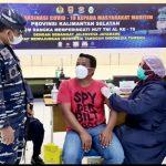 Lanal Banjarmasin Berikan 380 Dosis Vaksin Bagi Masyarakat Maritim Kalsel